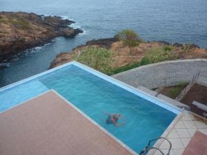 Het zwembad bij of vlak bij Villa Halcyon Caboverde