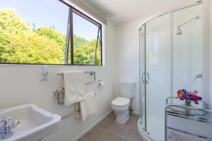 Kúpeľňa v ubytovaní Tui Cottage