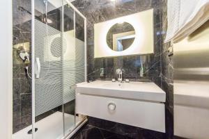 Koupelna v ubytování Art-Nouveau