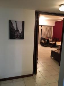 Una televisión o centro de entretenimiento en Edificio Motril Alberti 1536 8B