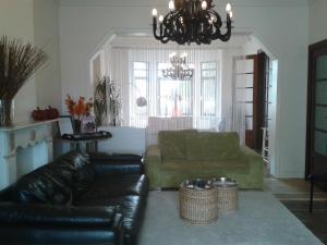 Een zitgedeelte bij Villa Emma