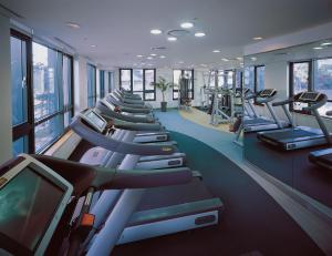 The fitness center and/or fitness facilities at Somerset Palace Seoul