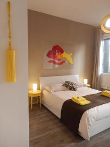 A bed or beds in a room at Anne Apartment