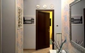 A kitchen or kitchenette at La Casa del Pittore