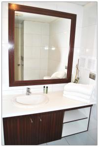 Um banheiro em Santiago Suite Apartment