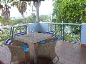 A balcony or terrace at Apartment 1 and 5 in Windsock Beach Resort