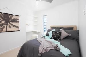 A bed or beds in a room at 42 Bryan Street