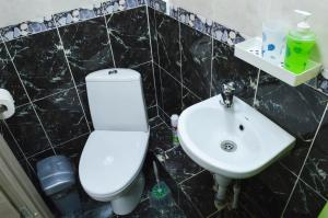 Ванная комната в Izmaylov Apartments