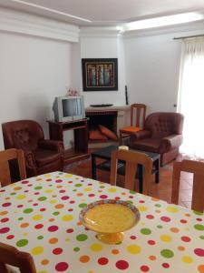 A seating area at Apartamentos Baguete