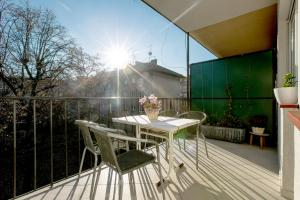 A balcony or terrace at Apartment Cvetje