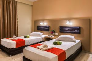 A bed or beds in a room at Kozanos II