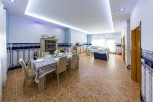 Un restaurante o sitio para comer en Casa Pescadores de Vallterra