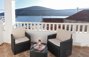 A balcony or terrace at Apartments Andelic