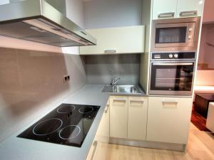 Küche/Küchenzeile in der Unterkunft Tamarit Apartments