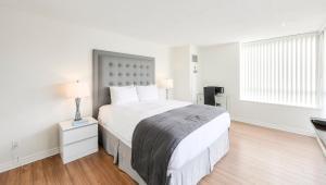 Cama o camas de una habitación en Canada Suites on Bay
