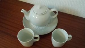 Coffee and tea-making facilities at Paris Lady Mimi