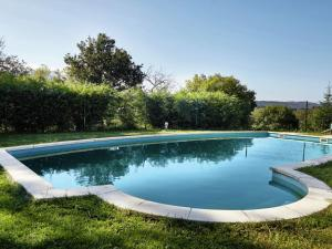 Spacious Cottage in Nava with Swimming Pool