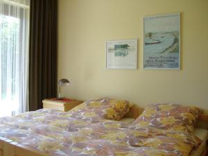 Ein Bett oder Betten in einem Zimmer der Unterkunft Luxurious Apartment in Niedergebisbach with Sun Terrace