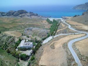 A bird's-eye view of Ammoudi Hotel