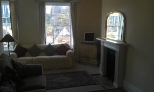 A seating area at Teesdale Rooms