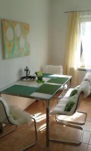 Ein Bett oder Betten in einem Zimmer der Unterkunft Gemütliche Ferienwohnung