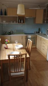 A kitchen or kitchenette at Muranów Studio