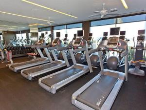 The fitness center and/or fitness facilities at Palms Place 50th floor with balcony & strip view