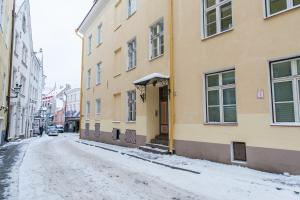 Delta Apartments Old Town Basic during the winter