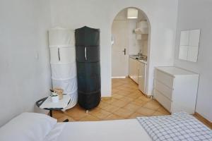A kitchen or kitchenette at Ilios