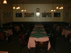 Majoituspaikan Asuntohotelli Huvikumpu ravintola tai vastaava paikka