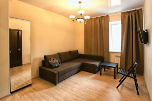A seating area at Apartment G&I