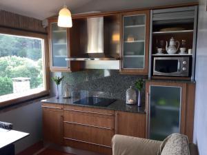 A kitchen or kitchenette at Bisalde