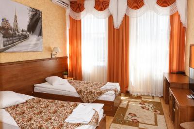 https://r-cf.bstatic.com/images/hotel/max400/101/101478605.jpg