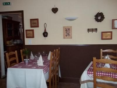 小木屋餐厅酒店