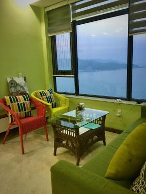 Sea View Corner Apartment