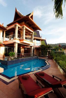卡塔豪华海景别墅带私人泳池和厨师 (泰国 卡塔海滩)