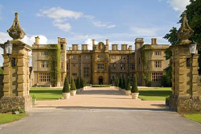 Eynsham Hall - Laterooms