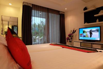 普吉岛海景度假公寓式酒店