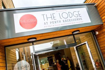 The facade or entrance of The Lodge At Perth Racecourse