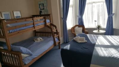 A bunk bed or bunk beds in a room at Marlow Lodge