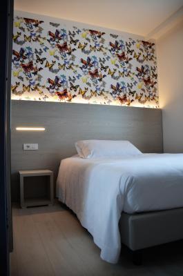 Hotel maraschina peschiera del garda booking