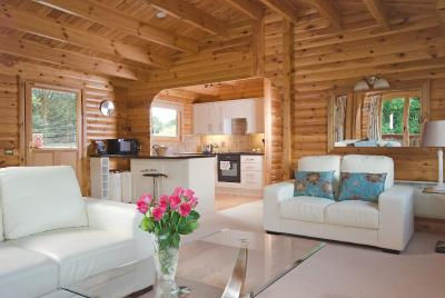 A seating area at South Winchester Lodges