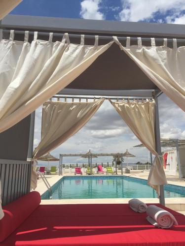 Het zwembad bij of vlak bij Hotel La Residence Hammamet