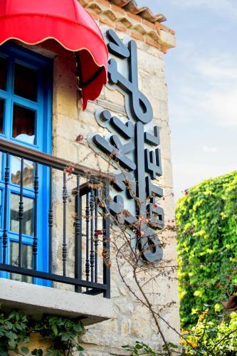 Alacati Eski Ev Hotel