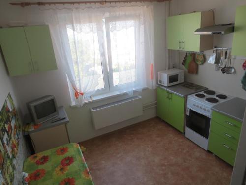Кухня или мини-кухня в Суворовская, 77