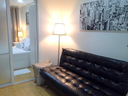 A seating area at Plus Condominium 1