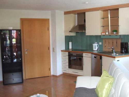 A kitchen or kitchenette at Familie Gerle