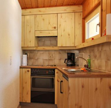 A kitchen or kitchenette at Ferienappartements Beck