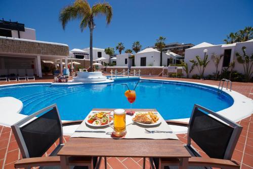Apartamentos Los Cardones (Spanje Playa de las Américas ...