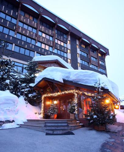 Alpes Hôtel du Pralong during the winter